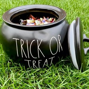 LARGE  Rae Dunn - Candy Cauldron - TRICK or TREAT